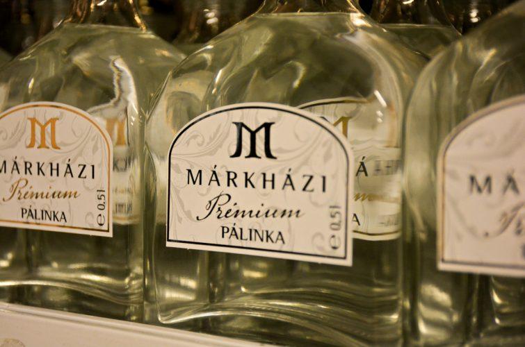 Márkházi Pálinka üvegek